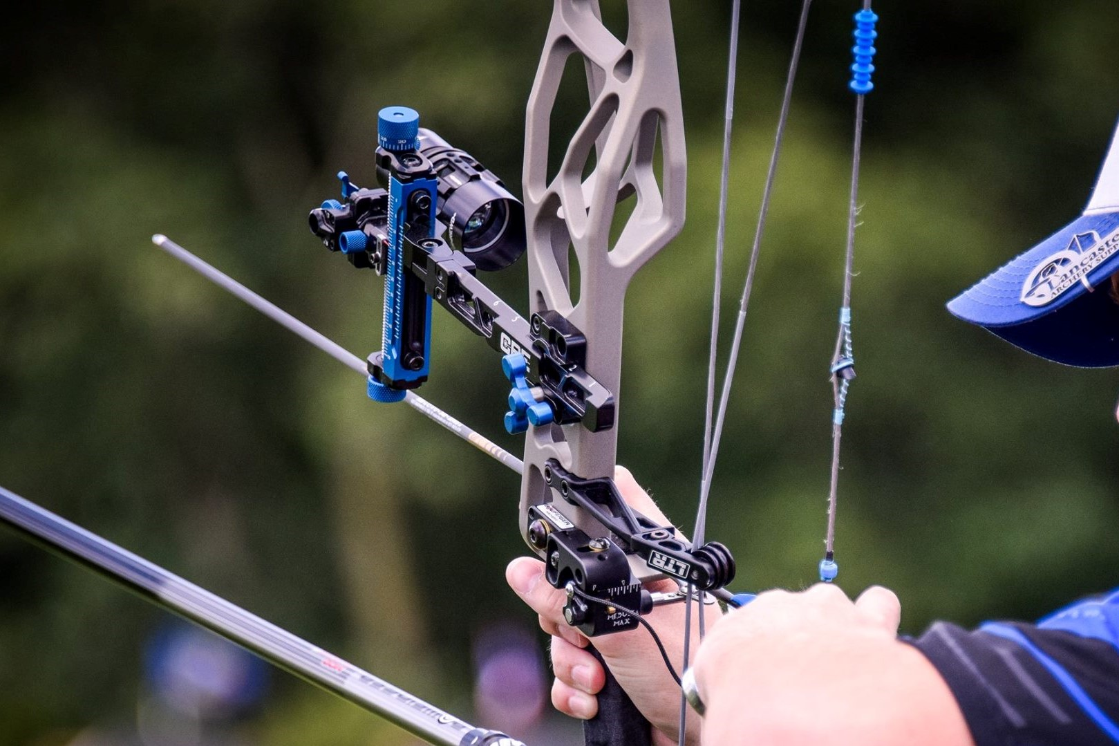 The Immense Advantage of Using a Compound Bow for Archery